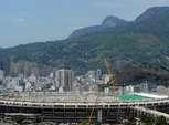 Estádio do Maracanã começa a receber lona de cobertura