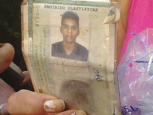David Santos Souza, ciclista de 21 anos, perdeu o braço ao ser atropelado na avenida Paulista Foto: Daniel Fernandes / Terra