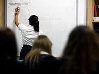 Ciência sem Fronteiras expõe 'lado feio' do ensino de idiomas no Brasil