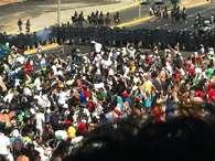Multidão cercou acessos ao Estádio Castelão em manifestação antes do duelo da últimaquarta       Foto: Fábio de Mello Castanho / Terra
