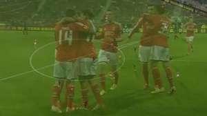 Veja o gol de AZ Alkmaar 0 x 1 Benfica pela Liga Europa