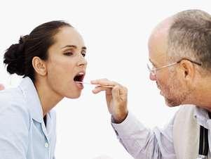 A mononucleose pode causar febre e dor de garganta Foto: Getty Images
