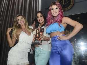 Ana Paula Minerato, Larissa Riquelme e Thais Bianca no evento Foto: Ricardo Matsukawa/Terra