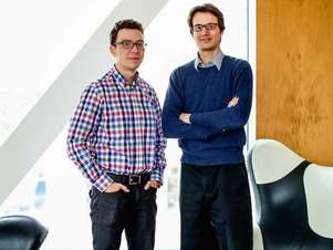 O CEO do Duolingo, Luis von Ahn, e o CTO da empresa, Severin Hacker Foto: Divulgação