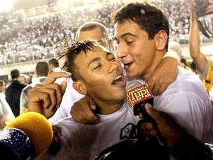 Ao lado de Ganso, Neymar faturou títulos Foto: Reuters