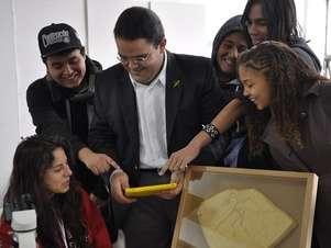 Apesar das dificuldades de infraestrutura os alunos gostaram da nova tecnologia em sala de aula Foto: Cartola - Agência de Conteúdo - Especial para o Terra