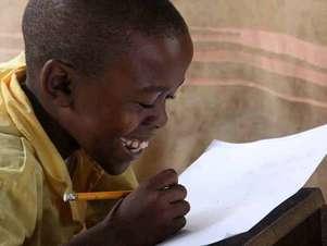 Pelo menos 350 crianças serão beneficiadas pela nova escola na Libéria Foto: Escola de Bambu / Divulgação