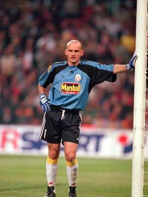 Treinador de goleiros assume time em jogo do Campeonato Turco Foto: Getty Images