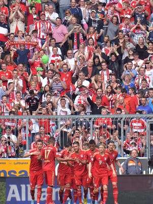 Reservas do Bayern comemoram vitória sobre o Freiburg Foto: AP