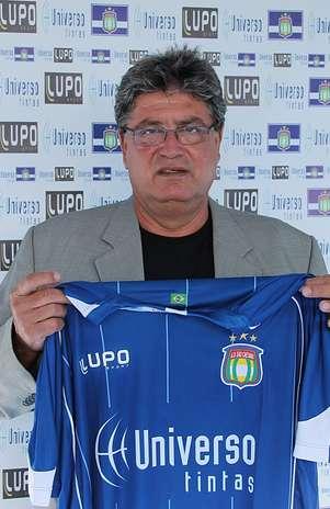 Técnico estava sem clube desde a saída da Portuguesa, que escapou do rebaixamento no Campeonato Brasileiro Foto:  / Divulgação