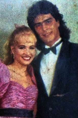 Junno foi príncipe de Angélica, na festa de 15 anos da apresentadora, em 1987 Foto: Instagram / Reprodução