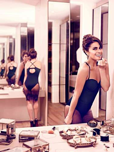c4abdb9de65 Giovanna Antonelli é a estrela da campanha da coleção de bodies para  modelar o corpo