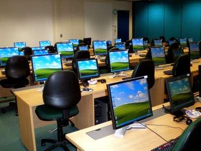 Quadrilha utilizava computadores para cometer crimes sem que os donos das máquinas o soubessem Foto: Rexlibris/Flickr.com / Reprodução