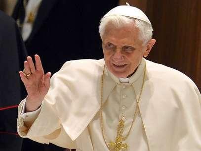Imagem do dia 6 de fevereiro mostra o papa Bento XVI; pontíficie vai renunciar no dia 28 de fevereiro Foto: AFP