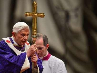 Jospeh Ratzinger, durante sua última missa de Quarta-Feira de Cinzas como o Papa Bento XVI Foto: AFP