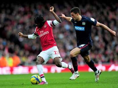 Gervinho começou como titular e perdeu chances claras de gol pelo Arsenal Foto: Getty Images