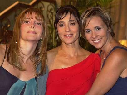 Maria Padilha, Christiane Torloni e Giulia Gam viviam três irmãs no folhetim Foto: TV Globo / Divulgação