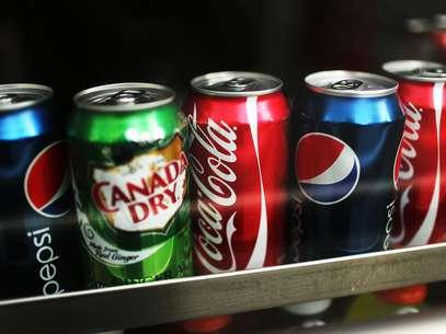 """Hábitos alimentares como """"beber um litro de refrigerante no cinema"""" são comuns em muitos países Foto: Getty Images"""