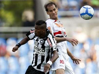 Último clube de Rodrigo Souto no Brasil foi o São Paulo Foto: Getty Images