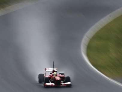 Massa rodou na parte da manhã e terminou dia em sétimo Foto: AP