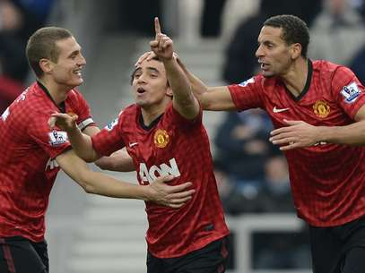 Rafael abriu vantagem para o Manchester comchute de fora daárea Foto: Reuters