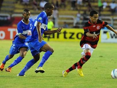 Jovem Rafinha vem se destacando pelo Flamengo em 2013 Foto: Alexandre Vidal/Fla Imagem / Divulgação
