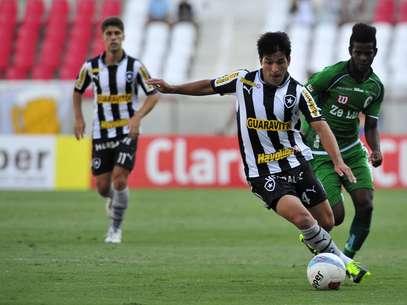 Lodeiro fez o gol de empate do Botafogo contra o Boavista Foto: Dhavid Normando