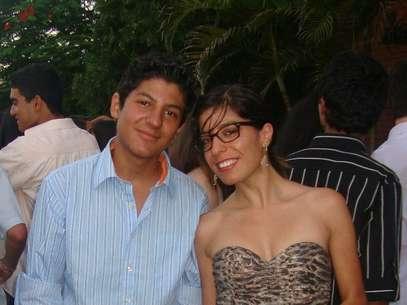 Marília e Pedro perderam a mãe Rosane no incêndio da casa noturna em Santa Maria Foto: Facebook / Reprodução