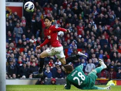 Kagawa marca o primeiro de seus três gols na vitória do Manchester United sobre o Norwich Foto: Reuters