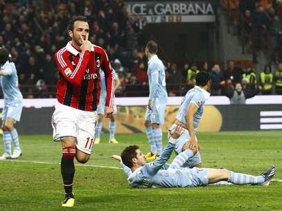 Pazzini, acionado no lugar do lesionado Balotelli, foi destaque no duelo Foto: AP