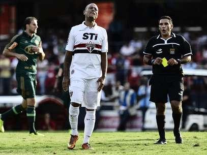 Luís Fabiano relembrou proposta do Corinthians: valores eram melhores que os do São Paulo Foto: Fernando Borges / Terra