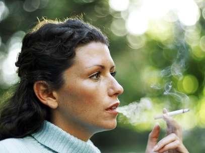Um quarto dos fumantes pretende deixar o cigarro por questões econômicas Foto: Getty Images