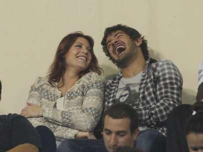Alexandre Pato assistiu ao jogo das arquibancadas com Barbara Berlusconi Foto: Eduardo Viana / Agência Lance