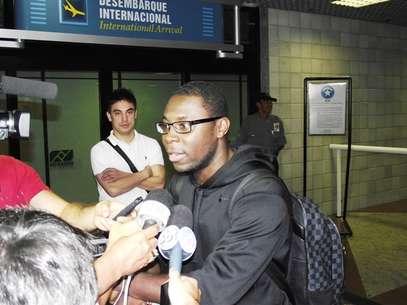 Freddy Adu chegou em Salvador no dia21 de março Foto: Bahia / Divulgação