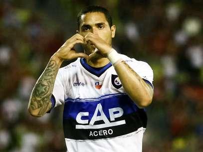 González deu bom passe para Braian Rodríguez (foto) marcar o primeiro gol do jogo Foto: EFE