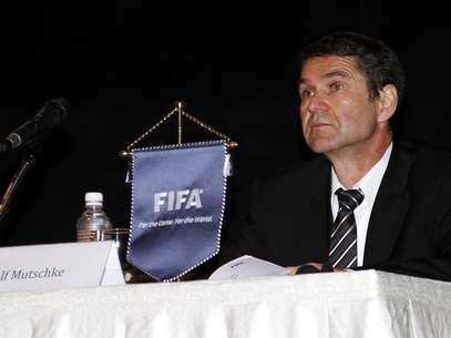 Ralf Mutschke acredita que menos de 1% dos jogos de futebol são manipulados por ano Foto: Getty Images
