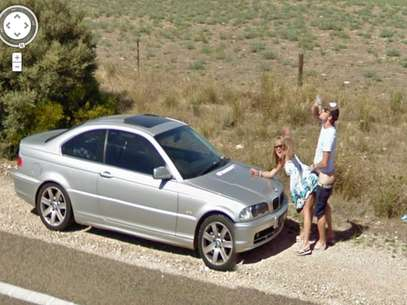 Casal foi flagrado fazendo sexo em uma área rural da Austrália Foto: Google Street View / Reprodução