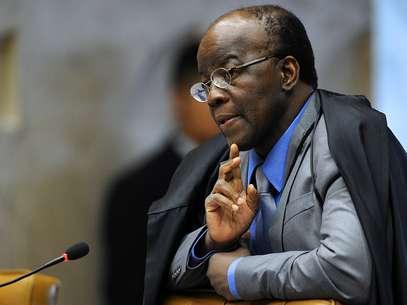 Joaquim Barbosa, presidente do STF, entrou na lista das100 pessoas mais influentes no mundo em 2012 da revista Foto: AFP