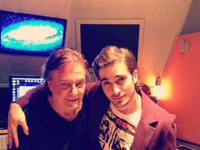 Fiuk postou uma foto da gravação no estúdio Foto: Reprodução