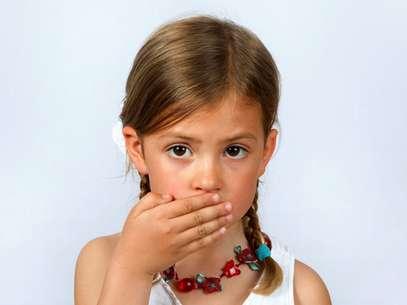 Mau hálito prejudica vida social de crianças