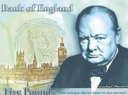 A Grã-Bretanha irá homenagear o reverenciado estadista Winston Churchill em uma nova nota de 5 libras Foto: AP