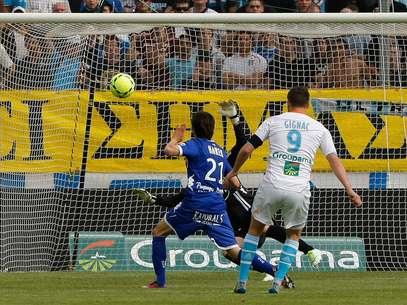 Gignac balançou por duas vezes as redes do Bastia Foto: AP