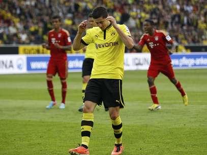Lewandowski perdeu pênalti e desperdiçou chance de vitória do Borussia Foto: Reuters