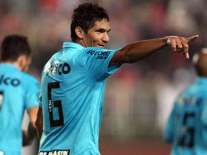 Zagueiro Durval teve passagem de destaque pelo Sport Foto: Cristiano Andujar / Agência Lance