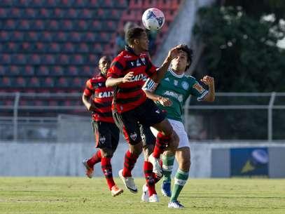 Tiago Real definiu vitória do Palmeiras contra o Atlético-GO Foto: Bruno Santos / Terra