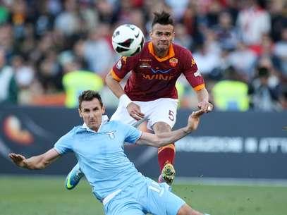 Leandro Castán fez boa temporada pela Roma, mas troca de técnico pode atrapalhá-lo na Itália Foto: Getty Images