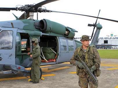 Num círculo de 7,4 quilômetros nas imediações do Mineirão, será ativada a área vermelha, que permitirá somente o trânsito de aviões de segurança Foto: Aeronáutica / Divulgação