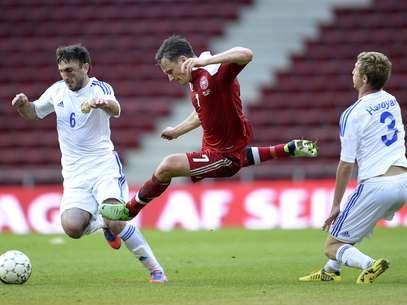 Armênia fez quatro gols na Dinamarca fora de casa Foto: AP
