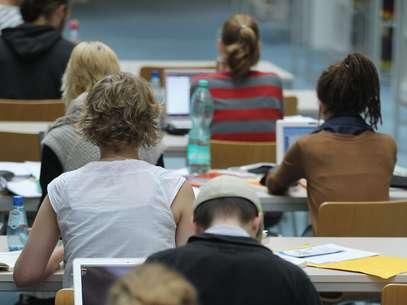 A tecnologia ainda não é usada de forma pedagógica por boa parte dos professores Foto: Getty Images