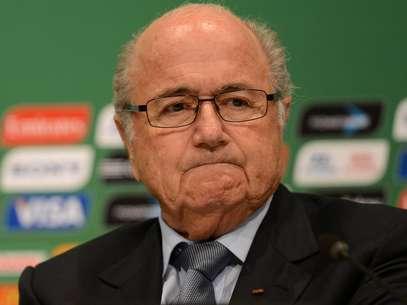 Protestos sociais fizeram Blatter questionar se a Fifa fez a escolha certa Foto: Daniel Ramalho / Terra